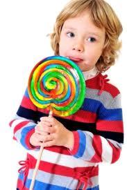 girl_eating_lollipop