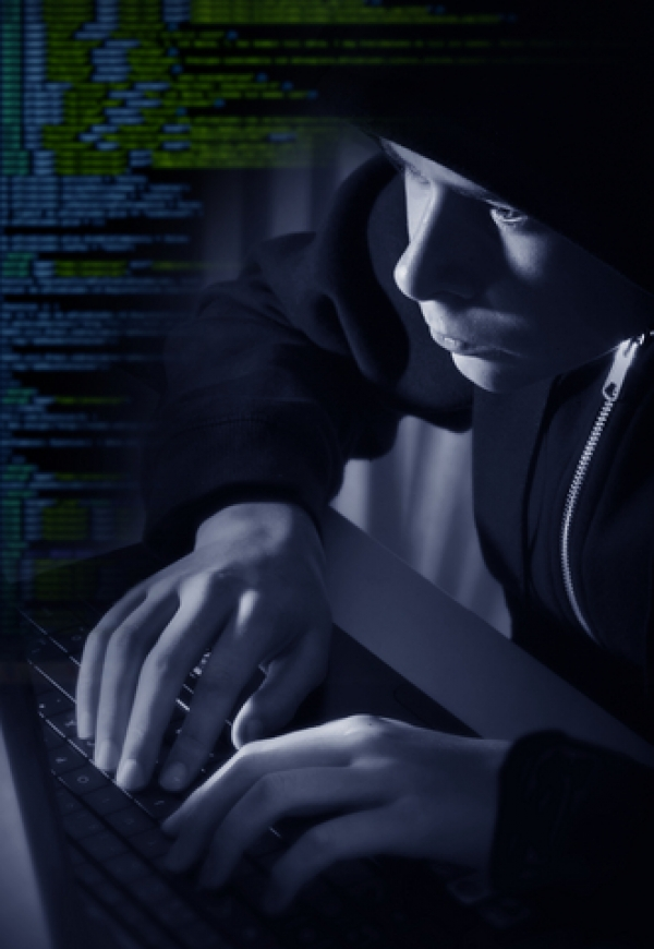 Hacker Steals Women's Facebook Pictures for use in Sex Site